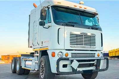 Freightliner Double axle Argosy ISX 530   New Cummins Engine Truck tractors