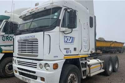 Freightliner Double axle Freightliner Truck tractors