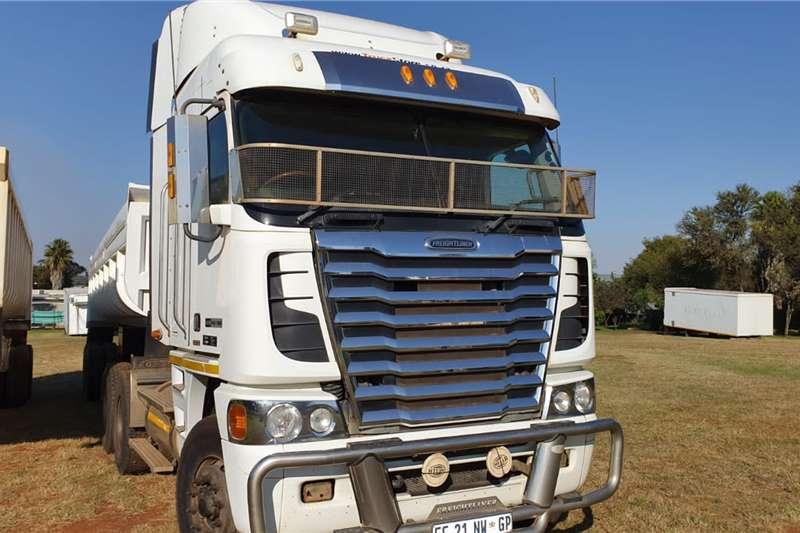 Freightliner Truck tractors Double axle FREIGHTLINER AGOSY DETROIT DIESEL 14.0 1850 2012