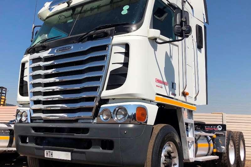 Freightliner Truck tractors Double axle FREIGHTLINER ARGOSY 500 CUM. NG 2013