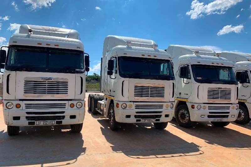 Freightliner Double axle FREIGHTLINER / ARGOSY / CAT / C   15 515 Truck tractors