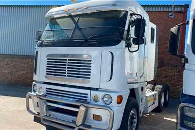 Freightliner Double axle Freightliner Argosy Cisx 500 Truck tractors