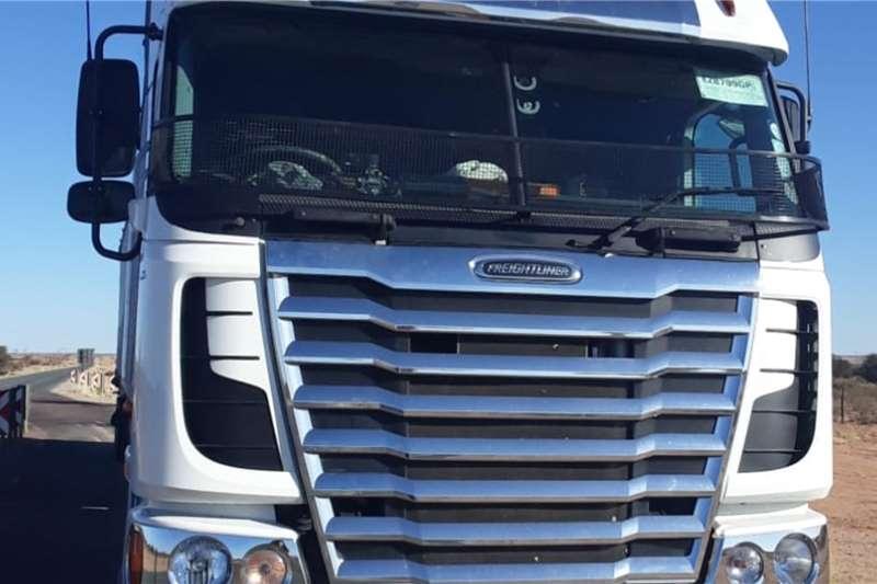 Freightliner Truck Tractors FREIGHTLINER 2011