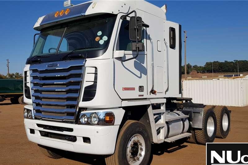 Freightliner Truck Tractors FREIGHTLINER ARGOSY CISX-500 6X4 HORSE 2014