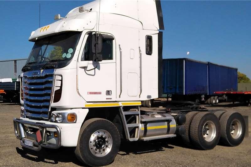 Freightliner Truck tractors FREIGHTLINER ARGOSY ISX500 2012