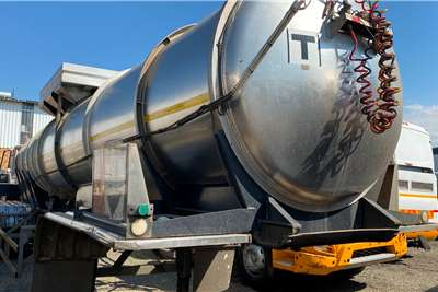 19 000L ACID In Good Working Condition Fuel tanker