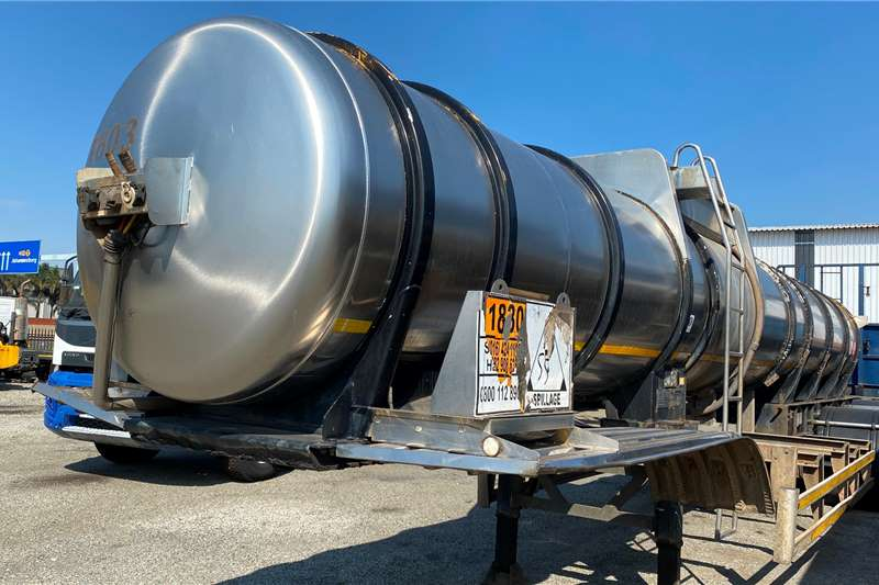 19 000L ACID Well Maintained Fuel tanker