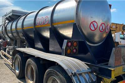 19000L ACID Well Looked After Fuel tanker