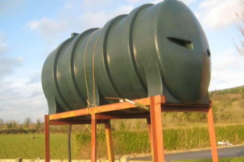 Fuel tanker Plastic tanks on stands 2019