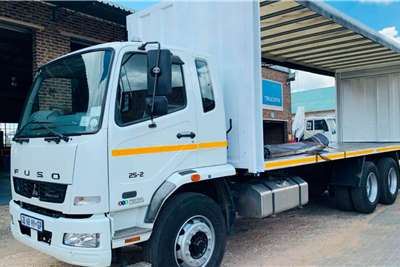 Fuso FN 25 270 Curtain side trucks