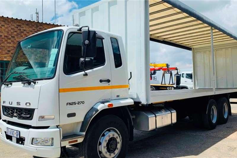 Fuso FN 25 270 Curtain side trucks