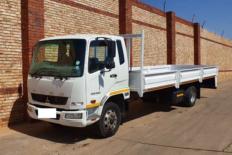 Fuso Dropside trucks 13 240,8 TONNER WITH BRAND NEW 7.2m DROPSIDE BODY 2014