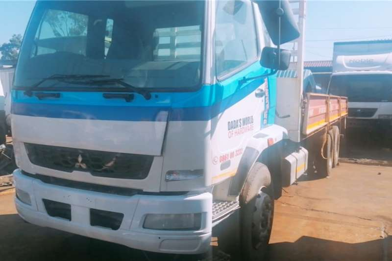 Fuso Dropside trucks 16 270 2015