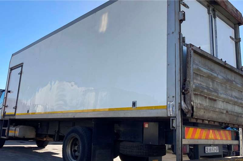 Fuso FM16.270 REEFER WITH CARRIER SUPRA 750 UNIT Refrigerated trucks