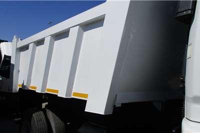 Fuso 15 258 Tipper 6 Cube Truck