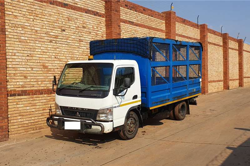 Fuso 6 109 FITTED WITH CAGE BODY CHOICE OF 3 Truck