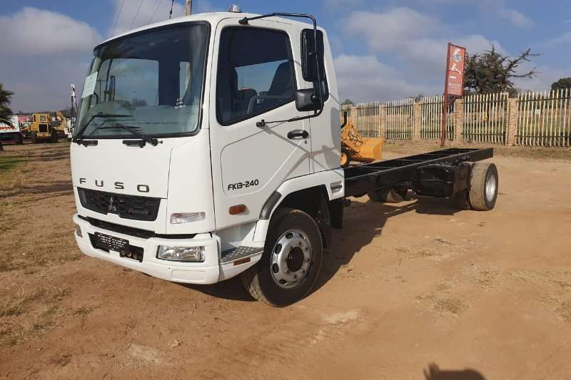 Fuso Truck Chassis cab FK13 240 F/C C/C 6 TON 2018