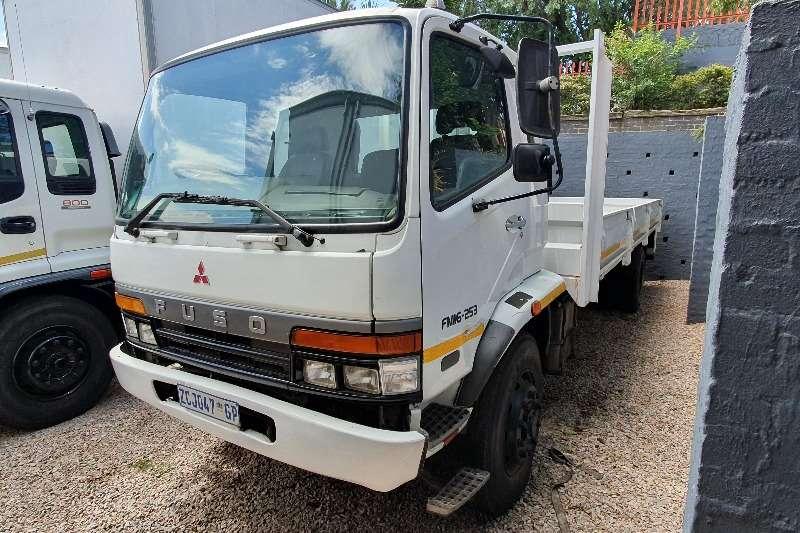 Fuso Truck Dropside 16 253 2010
