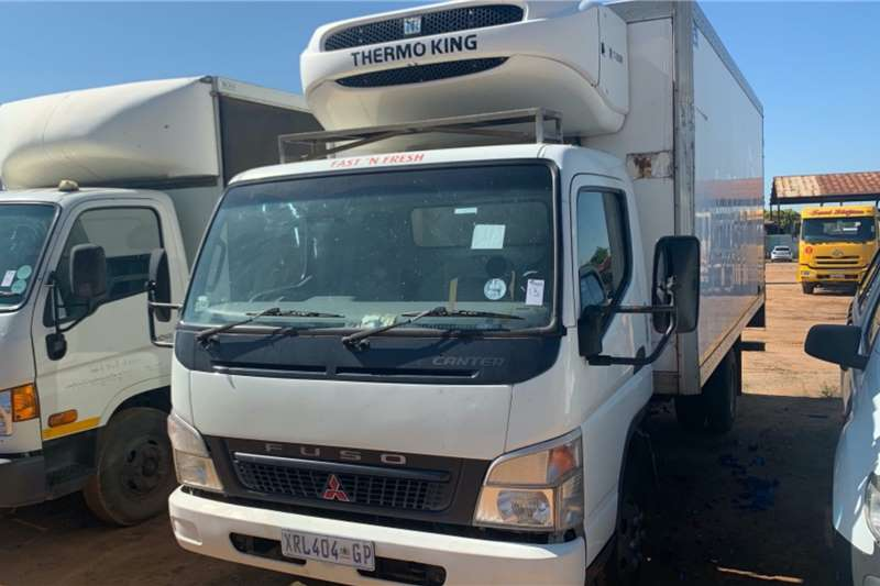 Fuso Truck Fridge truck CANTER (NON RUNNER) 2008