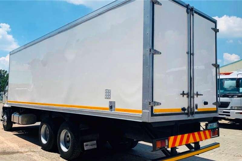 Fuso Fridge truck FN 25 270 Truck