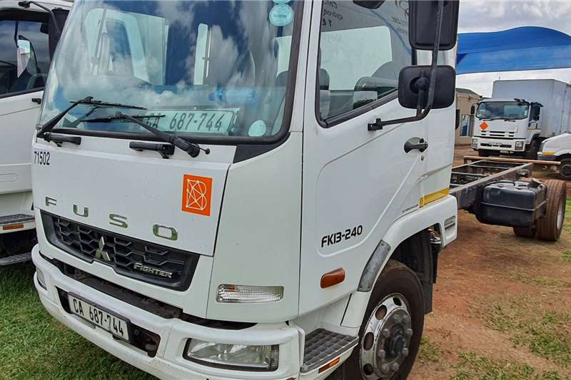 Fuso Lowbed Fuso Truck