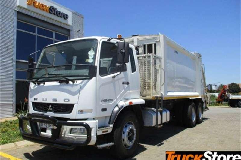 Fuso Truck N 25 270 COMPACTO 2015