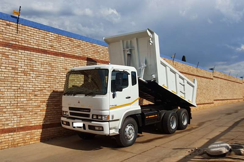 Fuso Truck Tipper FV26 350,WITH TFM 10 CUBE TIPPER BIN,NEW TYRES 2016