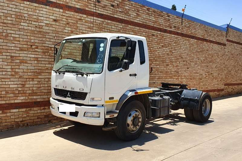 Fuso Truck-Tractor Single axle 15 270,4x2,TRUCK TRACTOR,ONE COMPANY OWNED 2012