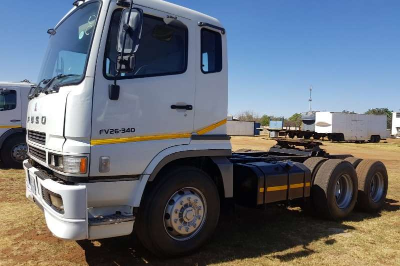 Fuso Truck Tractors Double Axle Fuso FV 26-340 Double Diff Horse