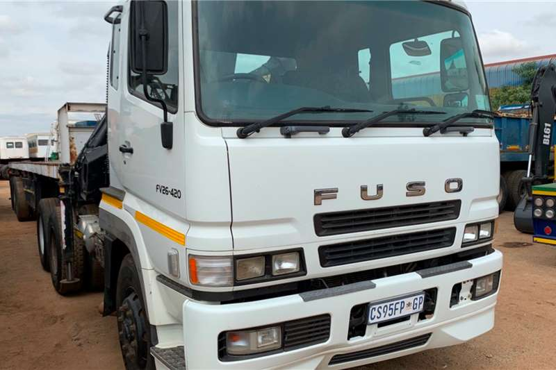 Fuso Truck tractors Double axle FV26 420 WITH CRANE 2011