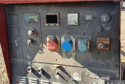 MOSA 20 KVA GENERATOR MOUNTED ON TRAILER   NO PAPE Generator