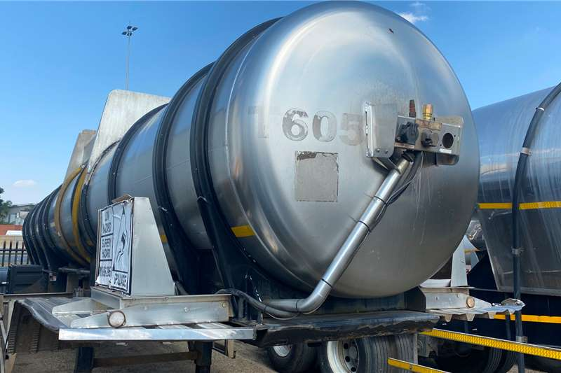 GRW ACID   19 000L 316 Steel Uncladded Mint Condition Trailers