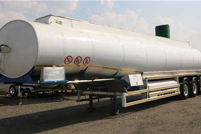 GRW Fuel tanker Tri   Axle Trailers