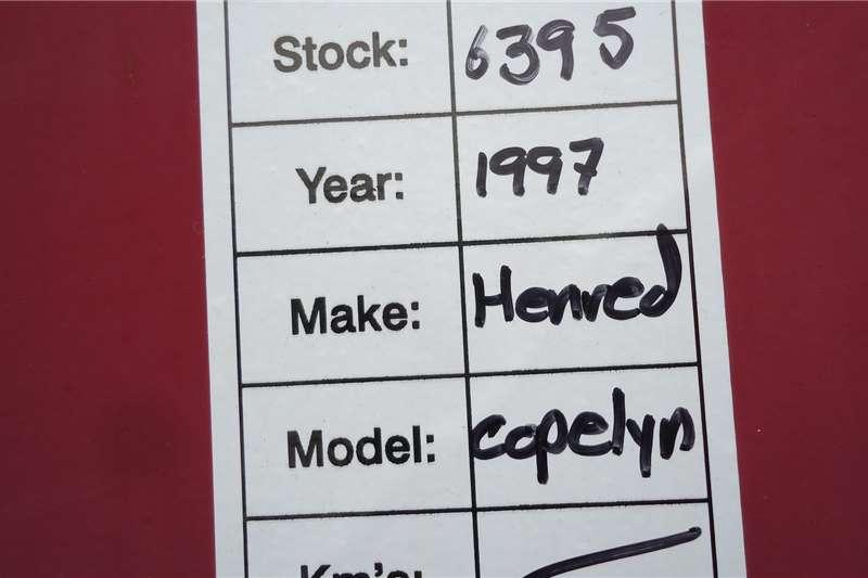 1999 Hendred
