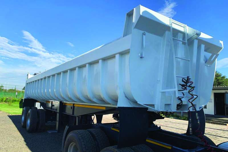 Hendred Trailers Copelyn Henred tipping trailer 1997