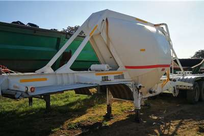 Hendred Double axle 12 Cube Tanker Trailers