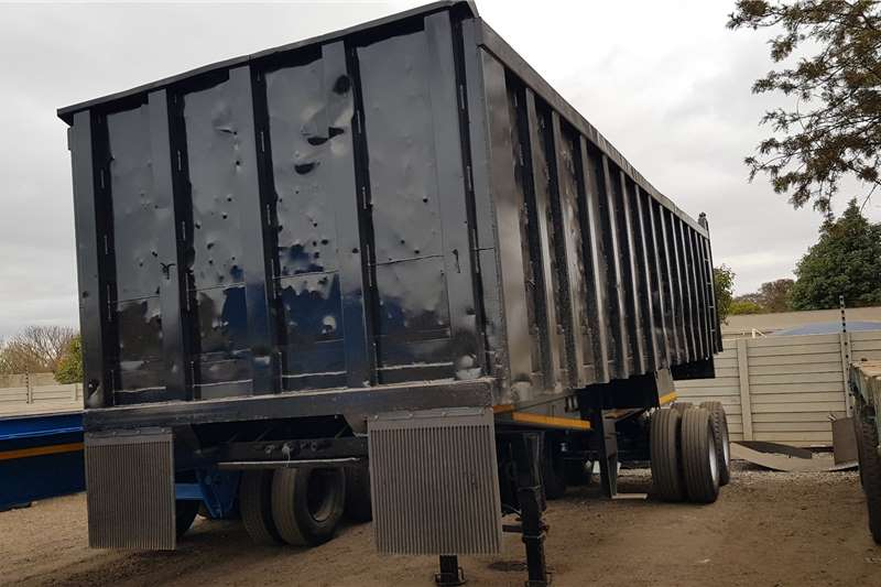Hendred End tipping 30M3 Refurbished Trailers