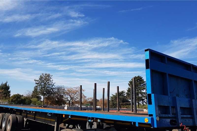 Hendred Flat deck Triaxle Flatdeck Refurbishing Serviced Trailers