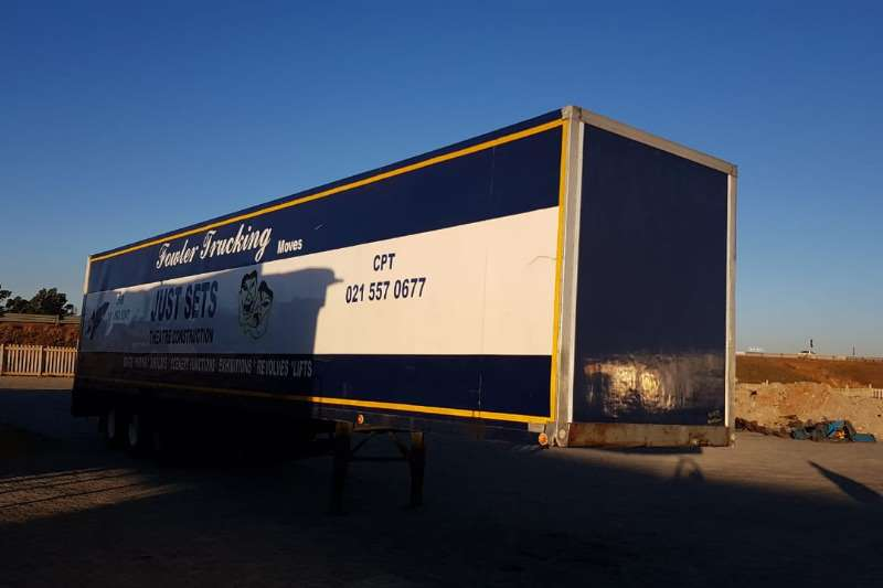 Hendred Trailers Pantech Closed Body 2011