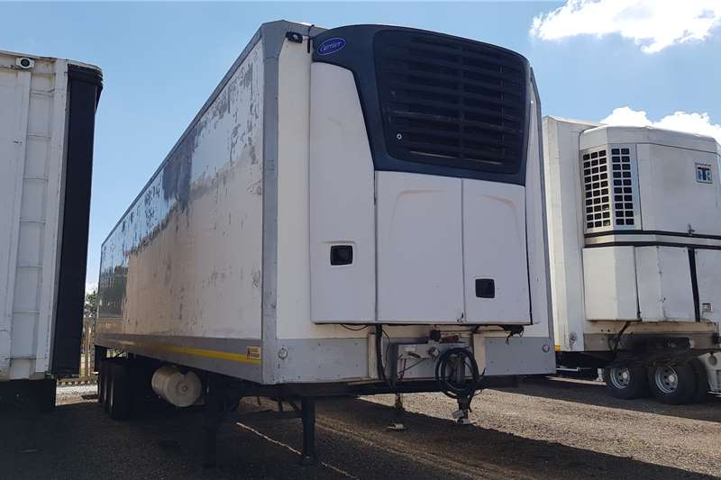 Hendred Trailers Refrigerated trailer Hendred  Triaxle Fridge , Carrier X2100 unit 2010