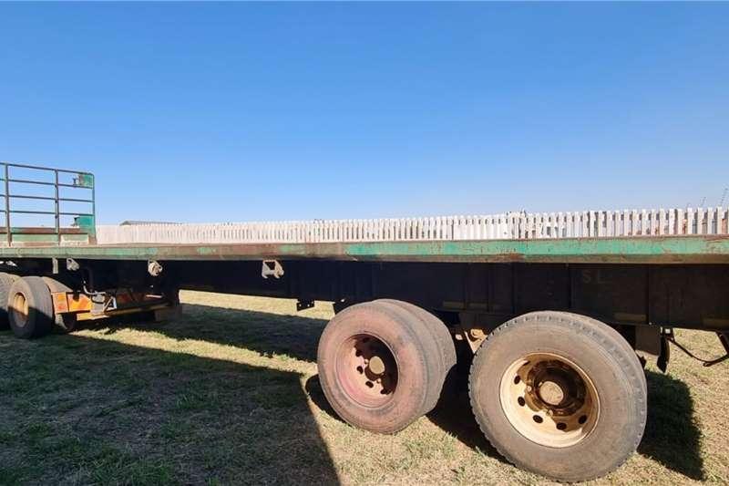 Henred Hendred flatdeck super link trailer Flatdeck trailer