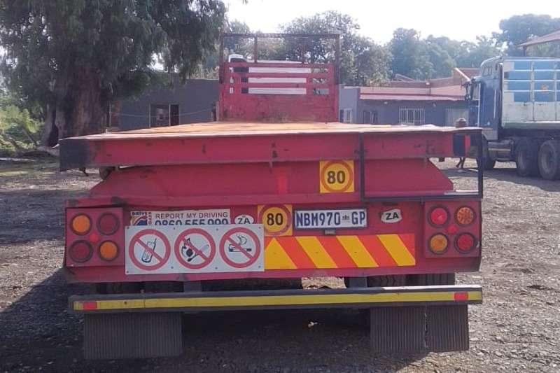 Henred Trailers Acid tanker 6 x 12 super link trailer 2001
