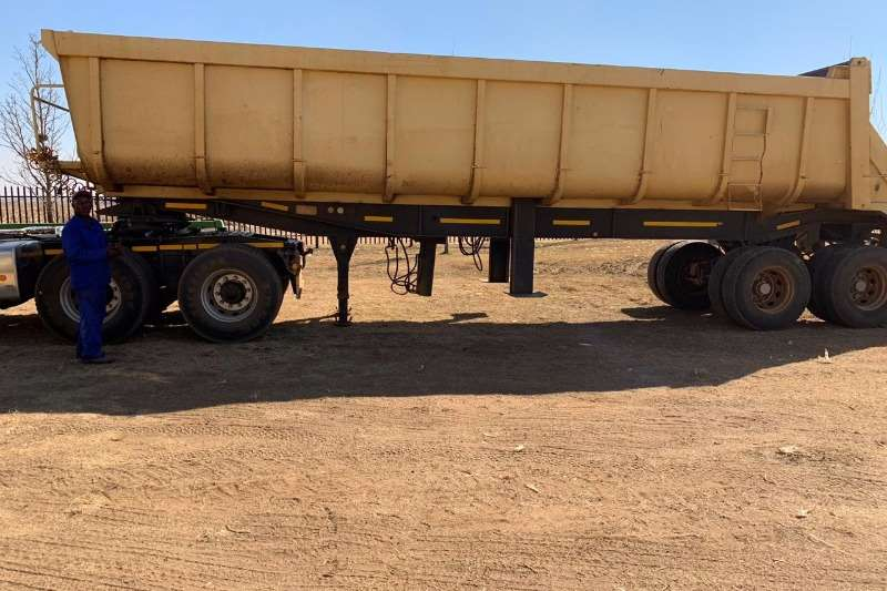 Henred Trailers Copelyn 24 Cube 1999