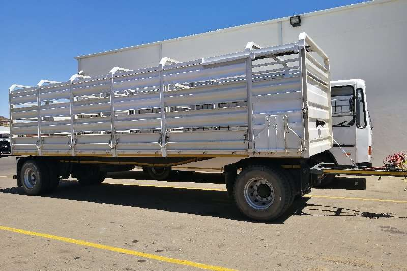 Henred Trailers Drawbar 9 m Hendred Drawbar trailer 2018
