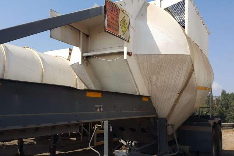 Henred Trailers Dry Bulk Tanker 20 Cube Drybulk Tanker 2000