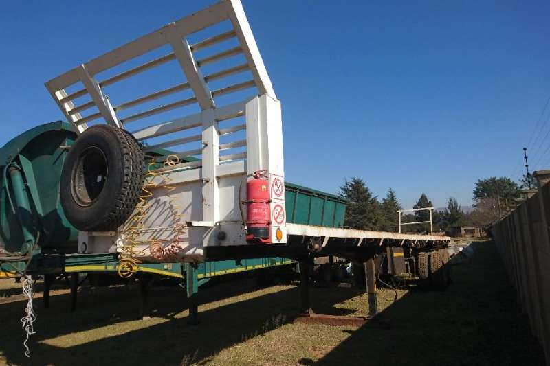 Henred Trailers Flat deck d/axle