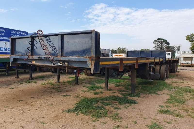Henred Trailers Flat deck Interlink 8m / 10m flatdeck trailer 1996