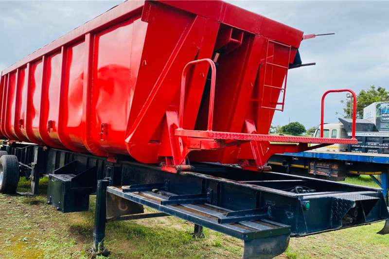 Henred Trailers Hendred Tri axle Slopper Trailer 2008