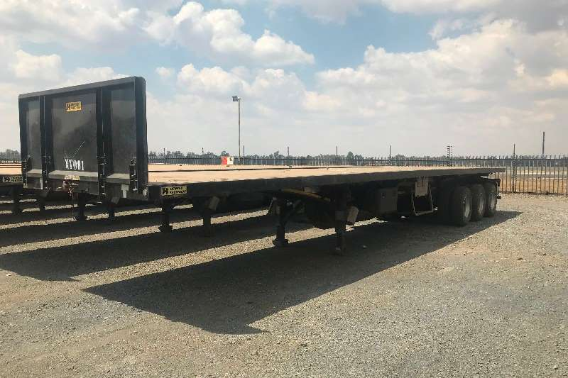 Henred Trailers Tri-Axle 14.3M Triaxle Trailer 2017