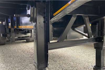 Henred Tri Axle Flat deck 13m Trailers